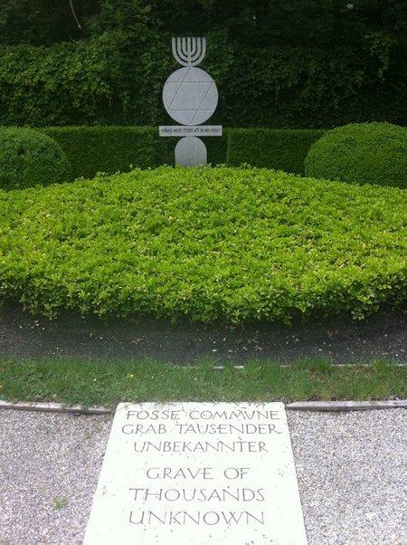 DachauGrave